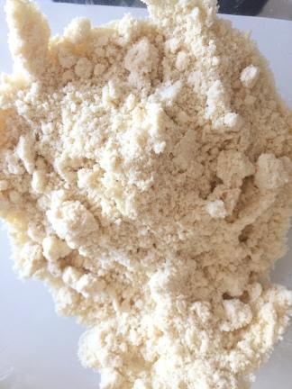 granulado depois de misturada a manteiga na farinha